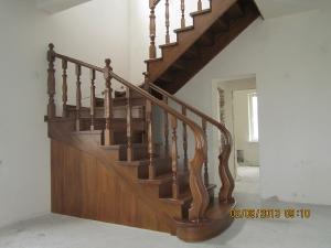 Балясины на лестницах _14