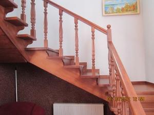 Балясины на лестницах _15