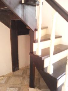 Закрытые лестницы_180